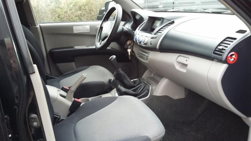 CLDA automobiles MITSUBISHI  2,5L DID Double Cabine INTENSE