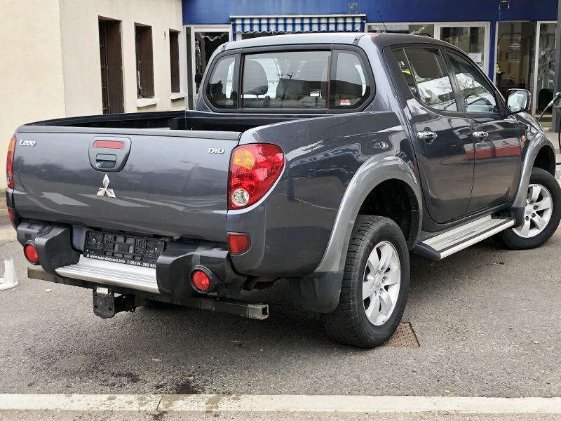 CLDA automobiles MITSUBISHI  2,5L DID INTENSE BVA