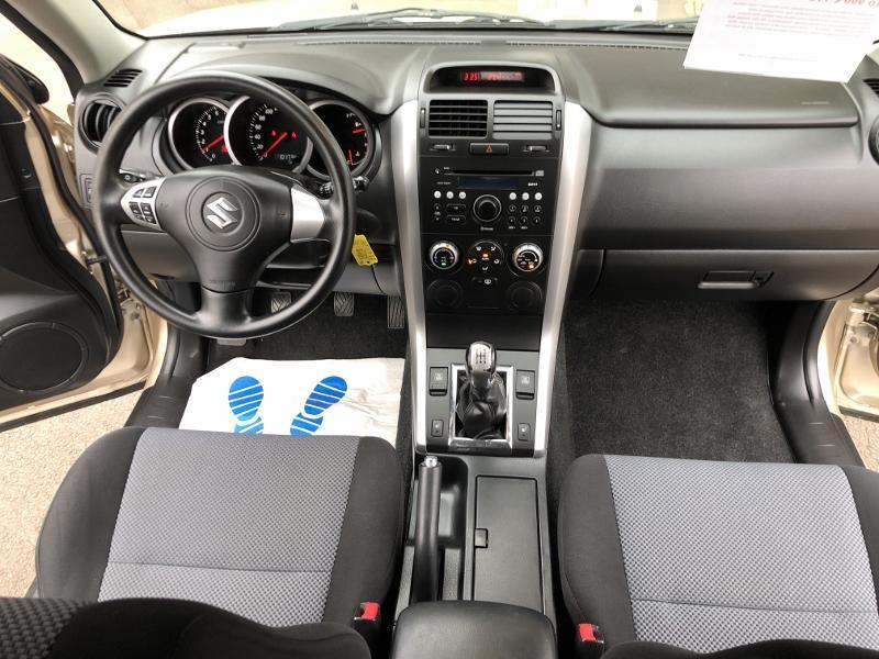 CLDA automobiles SUZUKI  1,6L 3 portes