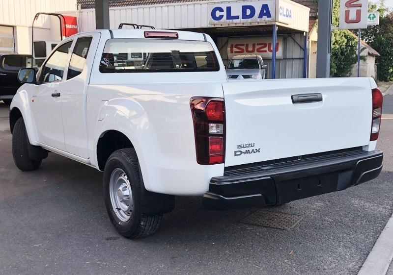 CLDA automobiles ISUZU  DDI 164 ch SPACE SATELLITE