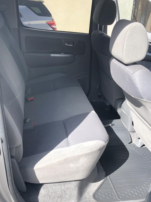 CLDA automobiles TOYOTA  2,5L D4D Double Cabine INVINCIBLE