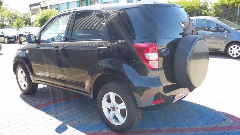 CLDA automobiles DAIHATSU  1,5L 4WD TOP S