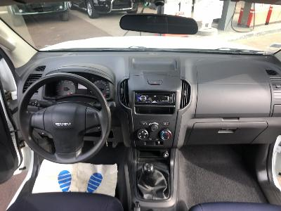 clda auto ISUZU  2,5 L BiTDI Space SATELLITE 4 places