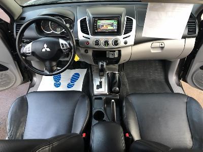 clda auto MITSUBISHI  2,5L DID Double Cabine INSTYLE 178 ch BVA