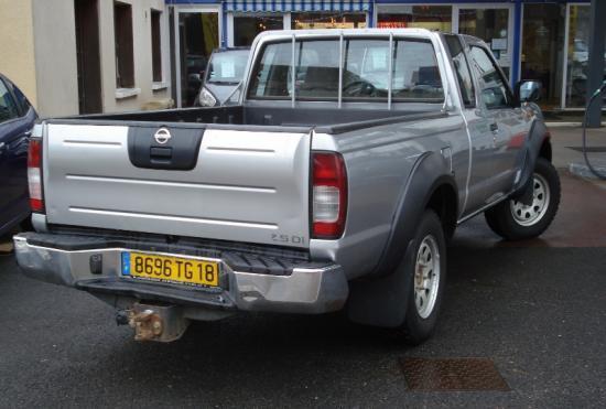 CLDA automobiles Nissan  2,5L TDI Xtra Cab 133 ch