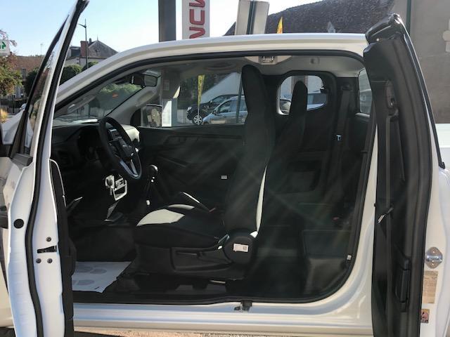 CLDA automobiles ISUZU  N60B DDI 163 ch Space Cabine BV6