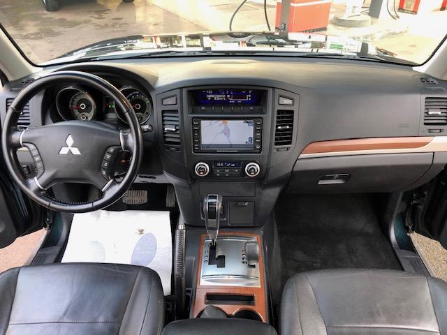 CLDA automobiles MITSUBISHI  3,2 L DID INSTYLE BVA 3 portes, 5 places