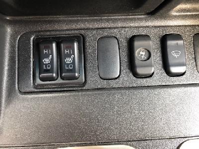 clda auto MITSUBISHI   3,2 DID BVA DAKAR 3 portes