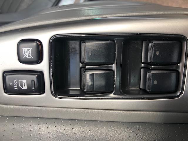 CLDA automobiles TOYOTA  3,0L D4D VXV 5 portes, 8 places