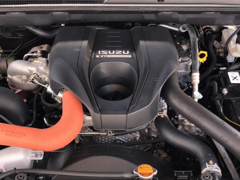 CLDA automobiles Isuzu  2,5L BiTDI QUASAR BVA