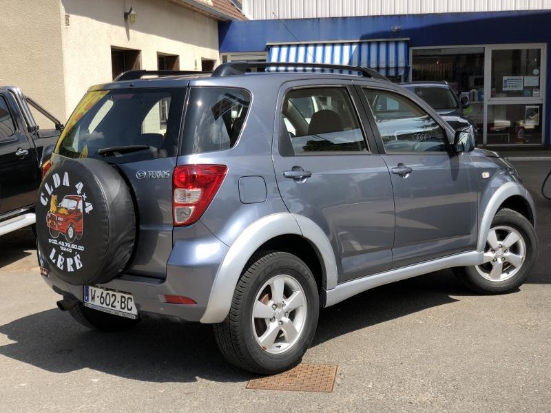CLDA automobiles Daihatsu  LUXURY