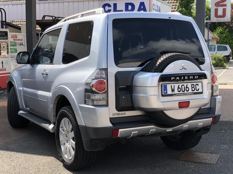 CLDA automobiles Mitsubishi  3,2 DID INSTYLE BVA PH IV 3 portes