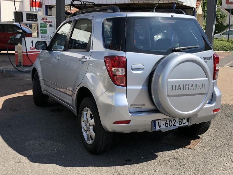 CLDA automobiles DAIHATSU  1,5L TOP S 4WD BVA