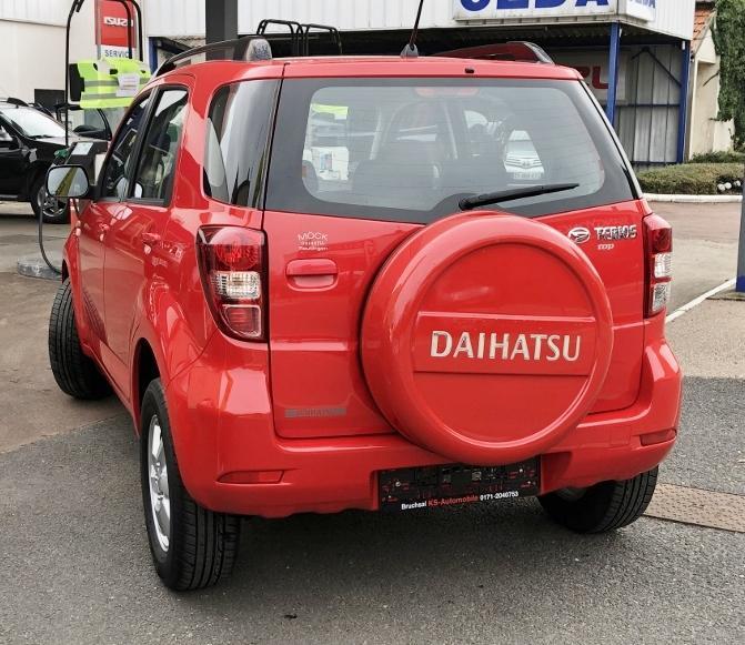 CLDA automobiles DAIHATSU  1,5L TOP S 4WD
