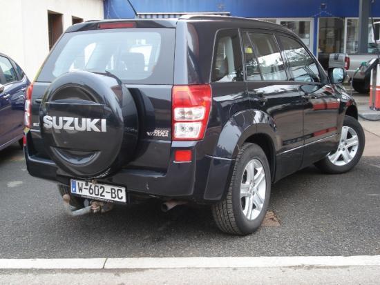 CLDA automobiles Suzuki  2,0L 16V 5 portes CONFORT